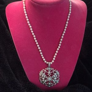 Jewelry - ⭐️ pearls and CZ necklace⭐️